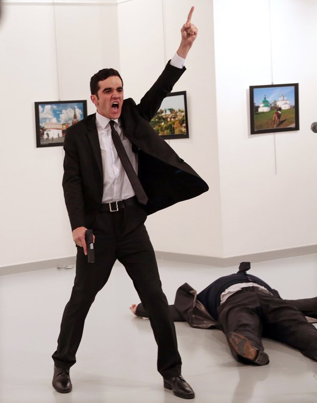Burhan Özbilici, fotografia vencedora do World Press Photo 2017