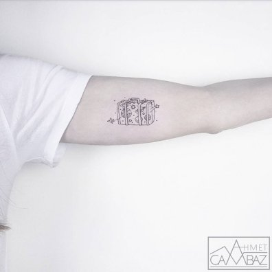 minimalist-simple-tattoos-ahmet-cambaz-24-59a3b88de7e1c__880