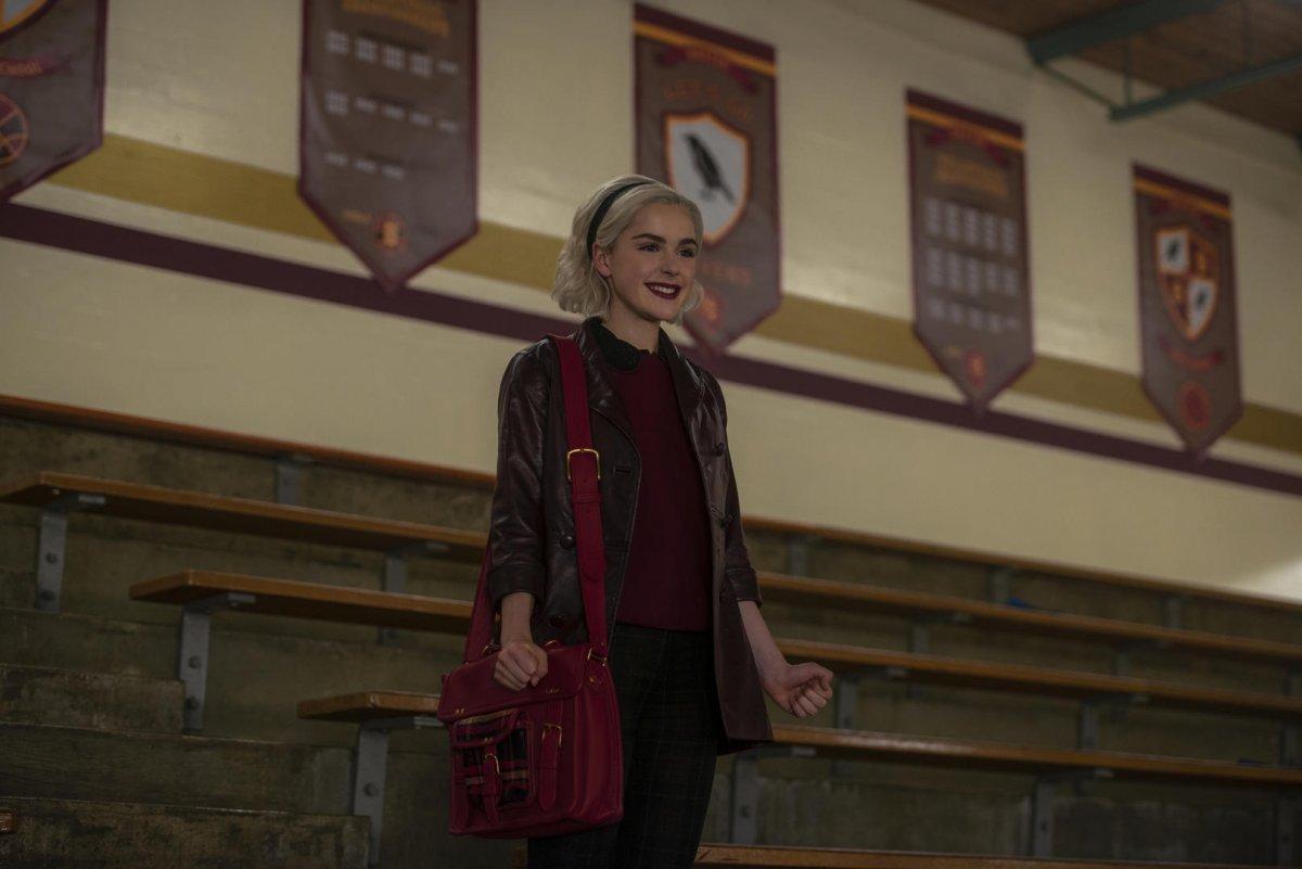 Kiernan Shipka como Sabrina