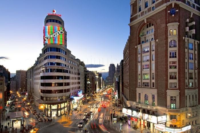 Calle Gran Vía em Madrid - Espanha