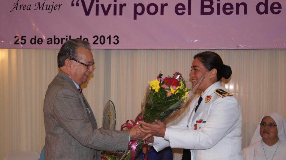 """Comisaria galardonada por el Premio """"Vivir por el Bien de los Demás"""""""