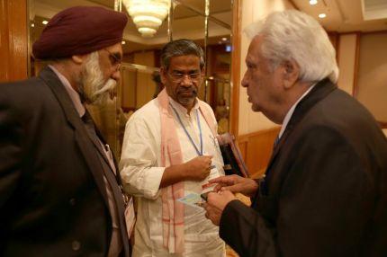 Líderes religiosos compartiendo experiencias durante GPC 2013