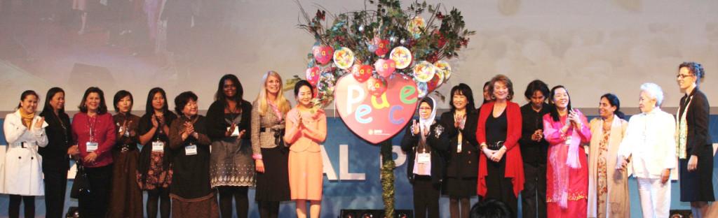 Capacitando Mujeres en el Liderazgo Público y Privado