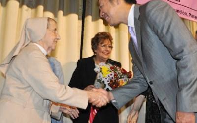 """Madre Candelas Camarero galardonada con el Premio  """"Vivir por el Bien de los Demás"""""""