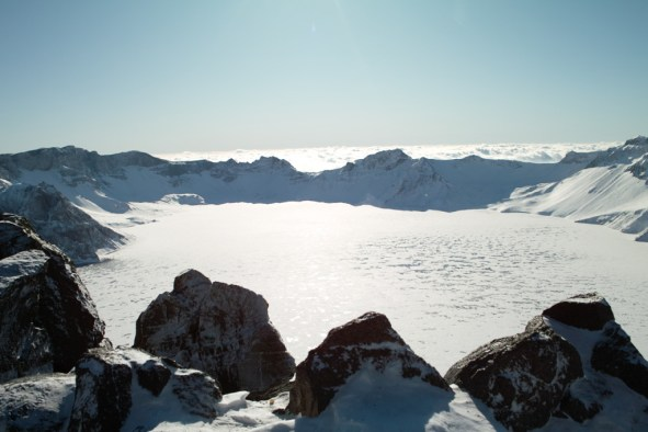 Baekdu_Mountain_Winter-1024x682