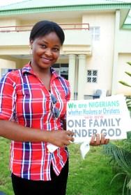 Participante de la Campaña Una Familia Bajo Dios en el Retiro Interconfesional de Líderes Jóvenes en el estado de Kaduna.