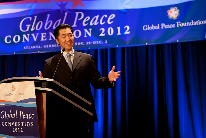 Dr.-Hyun-Jin-Preston-Moon-Global-Peace-Convention-2012-small