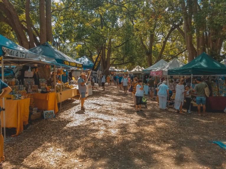 Market en el pueblo de Bungalow