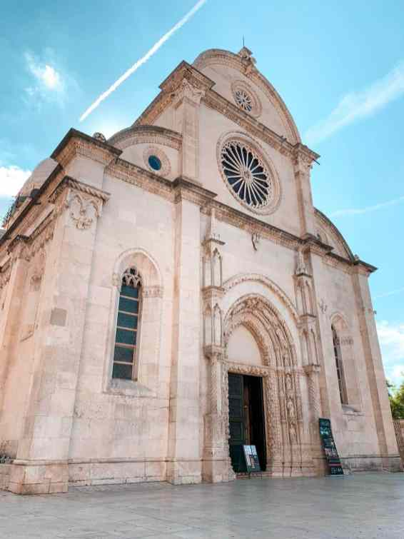 Catedral St James Sibenik Croacia Fachada