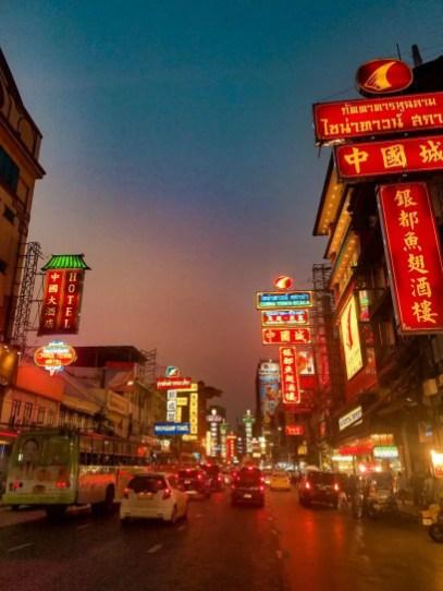 Chinatown en Bangkok de noche