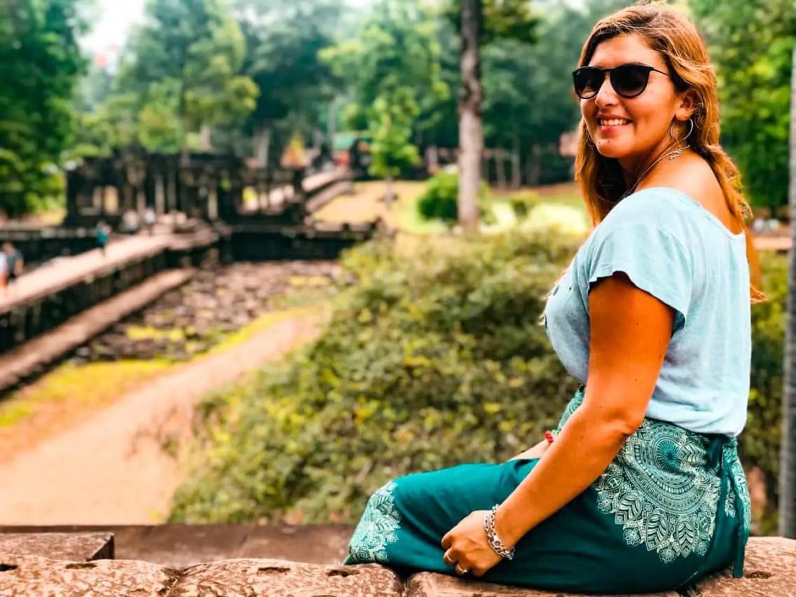 Mujer en Angkor