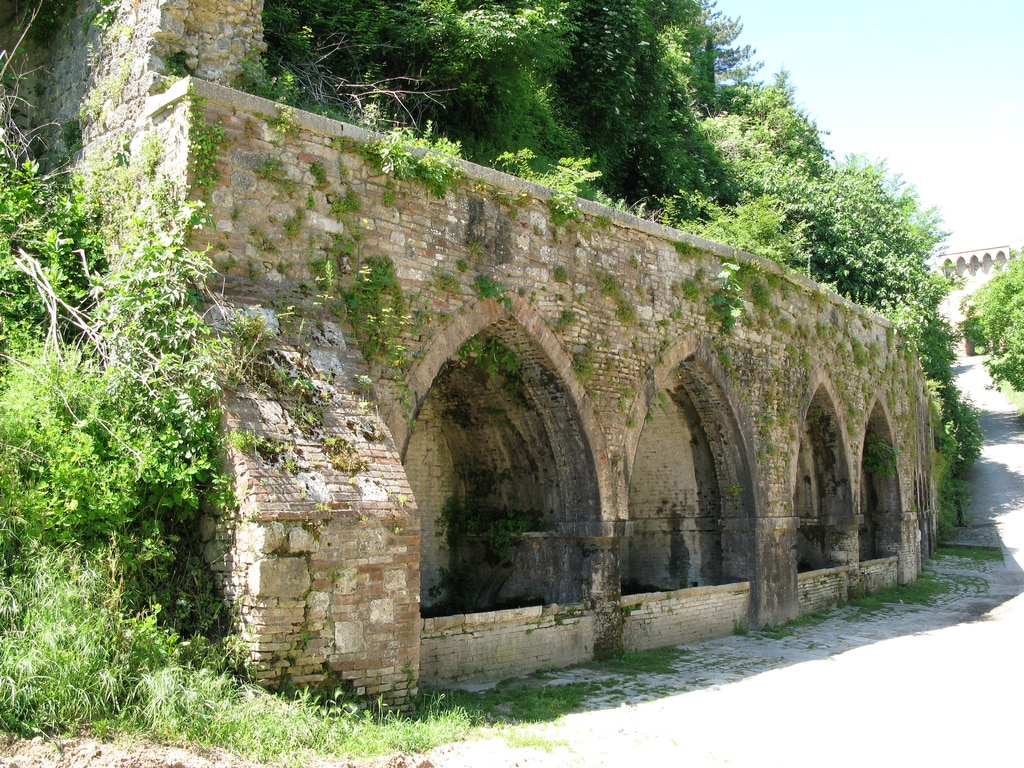 Fonti_medievali_di_san_gimignano