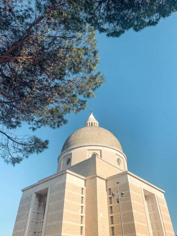 basilica-san-pedro-pablo-eur