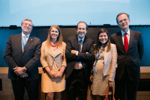 Representantes del Enerclub y del World Petroleum Council.