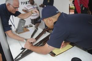 MIAMI INTERCAMBIA ARMAS POR ENTRADAS DE LOS HEAT O TARJETAS DE DESCUENTO