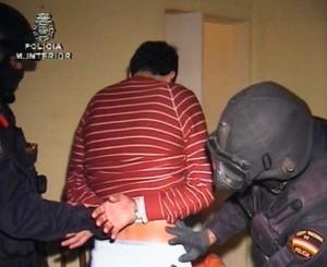 CINCO DETENIDOS POR PRESUNTA RELACIÓN CON TERRORISTAS HUIDOS TRAS EL 11-M