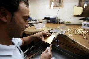 16-10-2008. reportaje sobre oro. FOTO BARRIONUEVO.