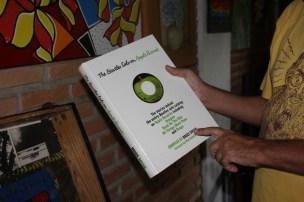 Livro dos Beatles. Foto: Fernanda Soraggi.