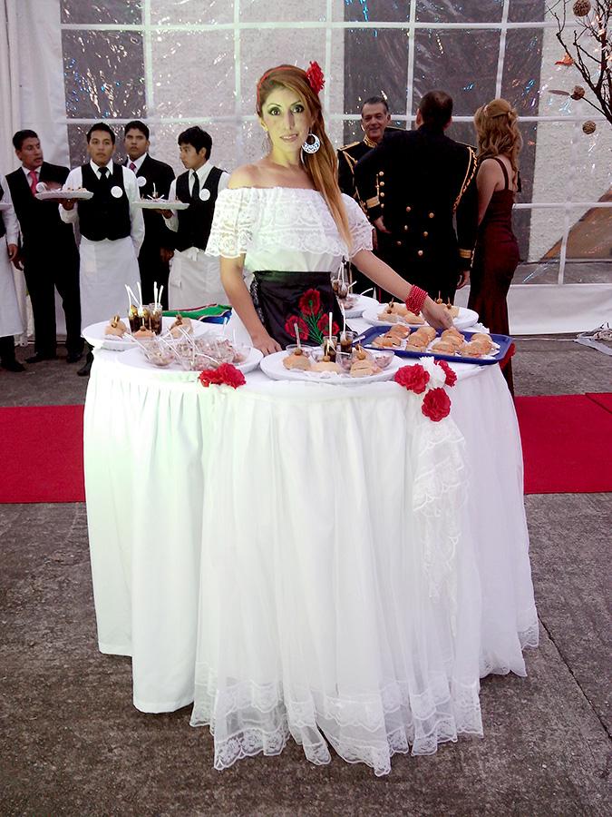 mesas, mesas vivientes, personajes, body paint, maquillaje, mesas méxico