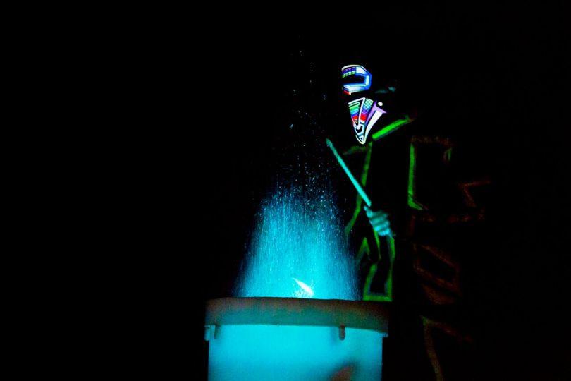 tambores de agua, show de tambores de agua,  espectáculo de tambores de agua méxico, water drums méxico