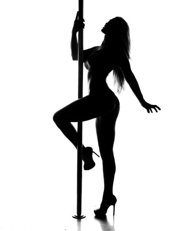 pole dance erótico