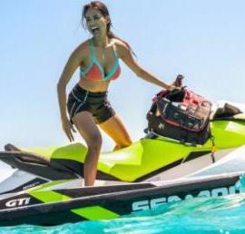 Actividades acuáticas en Puerto José Banús Sea Doo GTI 90