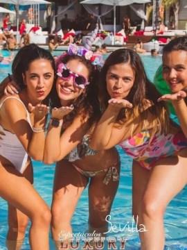 entrada Vip Piscina ocean occo Sevilla para grupos de despedida (8)