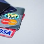 Symbolbild Kredit- und Bankkarten