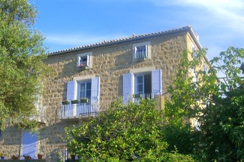 restauro casa in granito in corsica