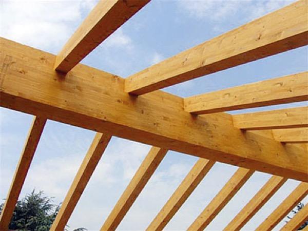 passi per un buon tetto in legno