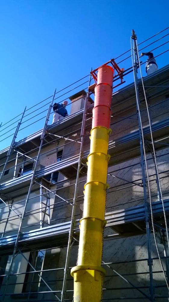 Scoperchiare il tetto in latero cemento per verificare la cappa in cls Part 3-02