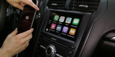 Apple CarPlay: iOS 11 te impedirá escribir y hablar por teléfono mientras manejas