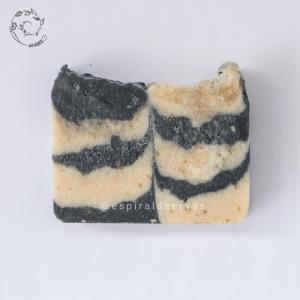 Sabonete com aroma masculino, decorado - Espiral de ervas
