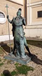 Statua di De Chirico