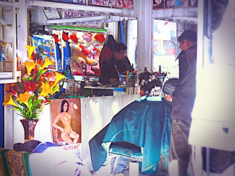 Barbiere a Chiway (tutto il mondo è paese), Perù