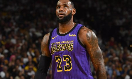 LeBron James pelo Los Angeles Lakers