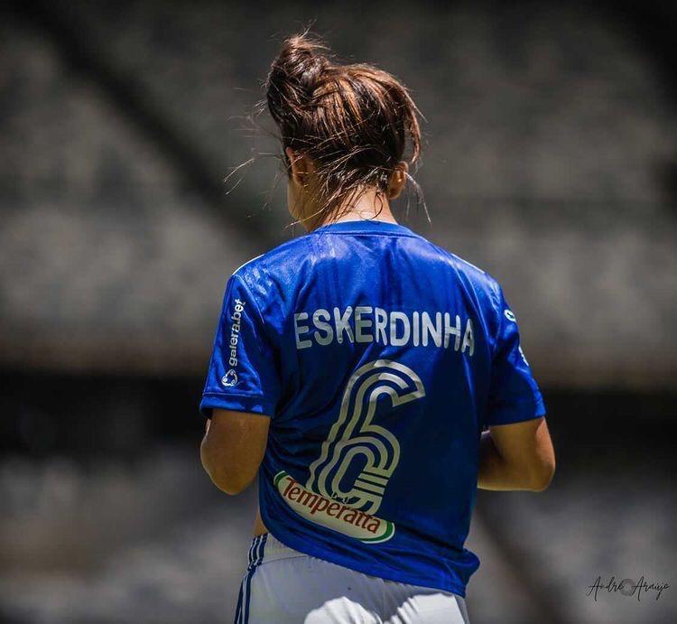 Eskerdinha é pura dedicação com o Cruzeiro