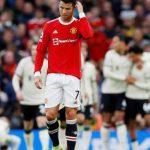 Cristiano Ronaldo diz que torcida do United 'merece muito mais' após goleada para o Liverpool
