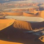 Dunes de Deadvlei