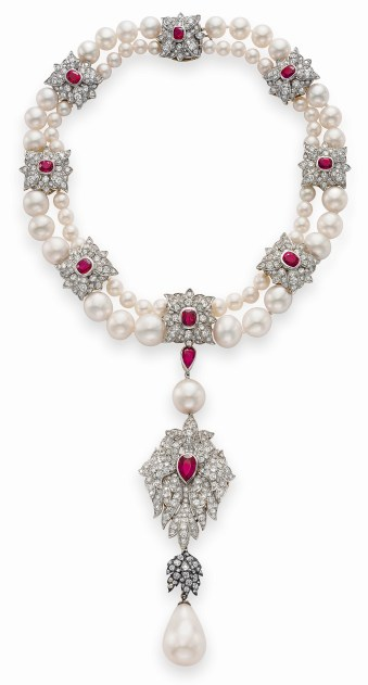 La Peregrina a natural pearl, diamond, rubis and cultured pearl necklace by Cartier. © Christie's Images Limited 2017