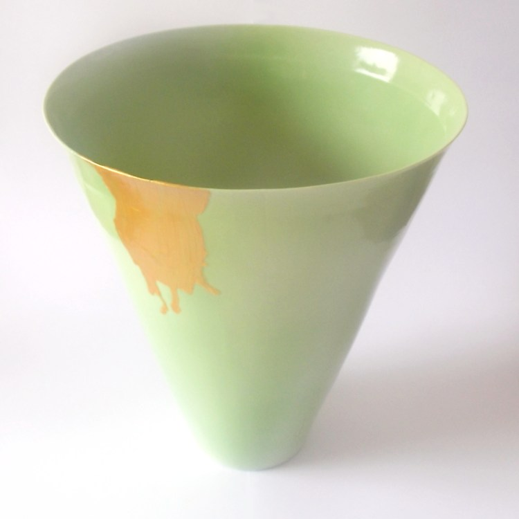 """Vase """"grand cone"""" vert et or"""