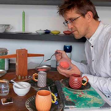Bas Van Zuijlen dans son Atelier L'Esprit Créateur Nos boutiques de Créateurs
