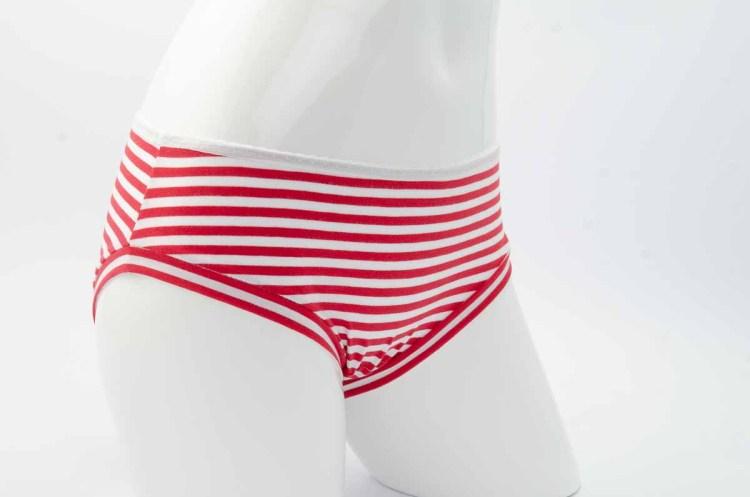 culotte rayée rouge et blanc