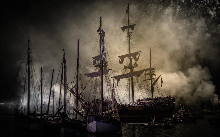 Photographie Combat Naval Fêtes Maritimes de Douarnenez 2012
