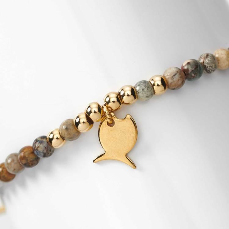 Bracelet en perles agates et acier breloque poisson rond