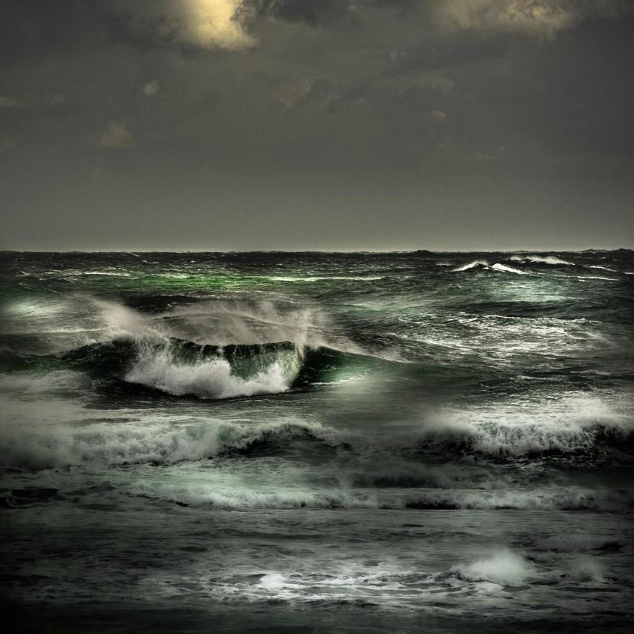 photographie Hocine Saad / Les vagues émeraude 1