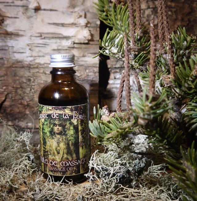 Esprit de la Foret Massage Oil with moss WEB