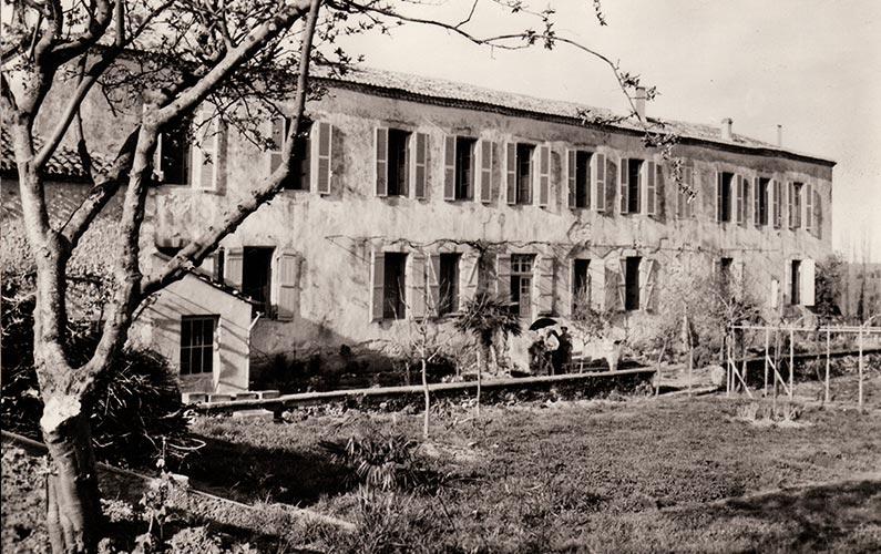 Jardins de l'ancien couvent des Récollets, côté Est. Coll. J. Tronel.