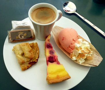cafe-gourmand-clafouti