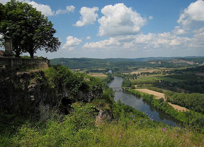 La rivière Dordogne vue du belvédère de Domme
